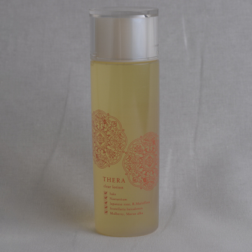 [THERA]日本酒の保湿化粧水