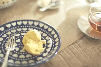 POLISH POTTERY レトロな絵柄と丈夫さが魅力 ポーリッシュポタリー(ポーランドの食器)