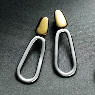 [アガタパリ]シルバーモチーフイヤリング