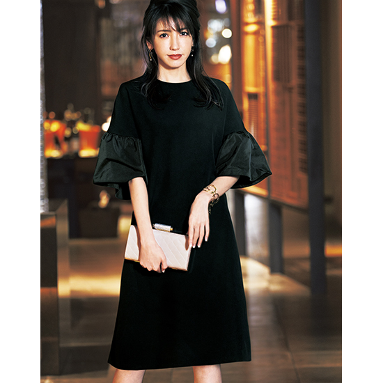 [Vingt Neuf]立体ふんわり袖ブラックドレス