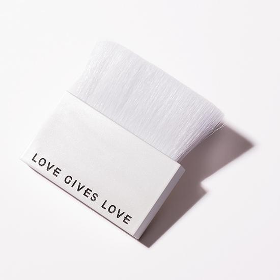 [LOVE GIVES LOVE]Vegan brush(ヴィーガンブラシ)