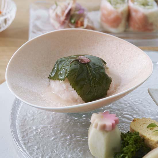 [ALART]咲 たわみ皿 サーモンピンク
